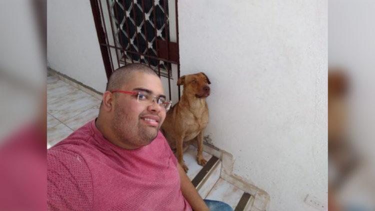 Cão foi adotado e recebeu nome de Dook