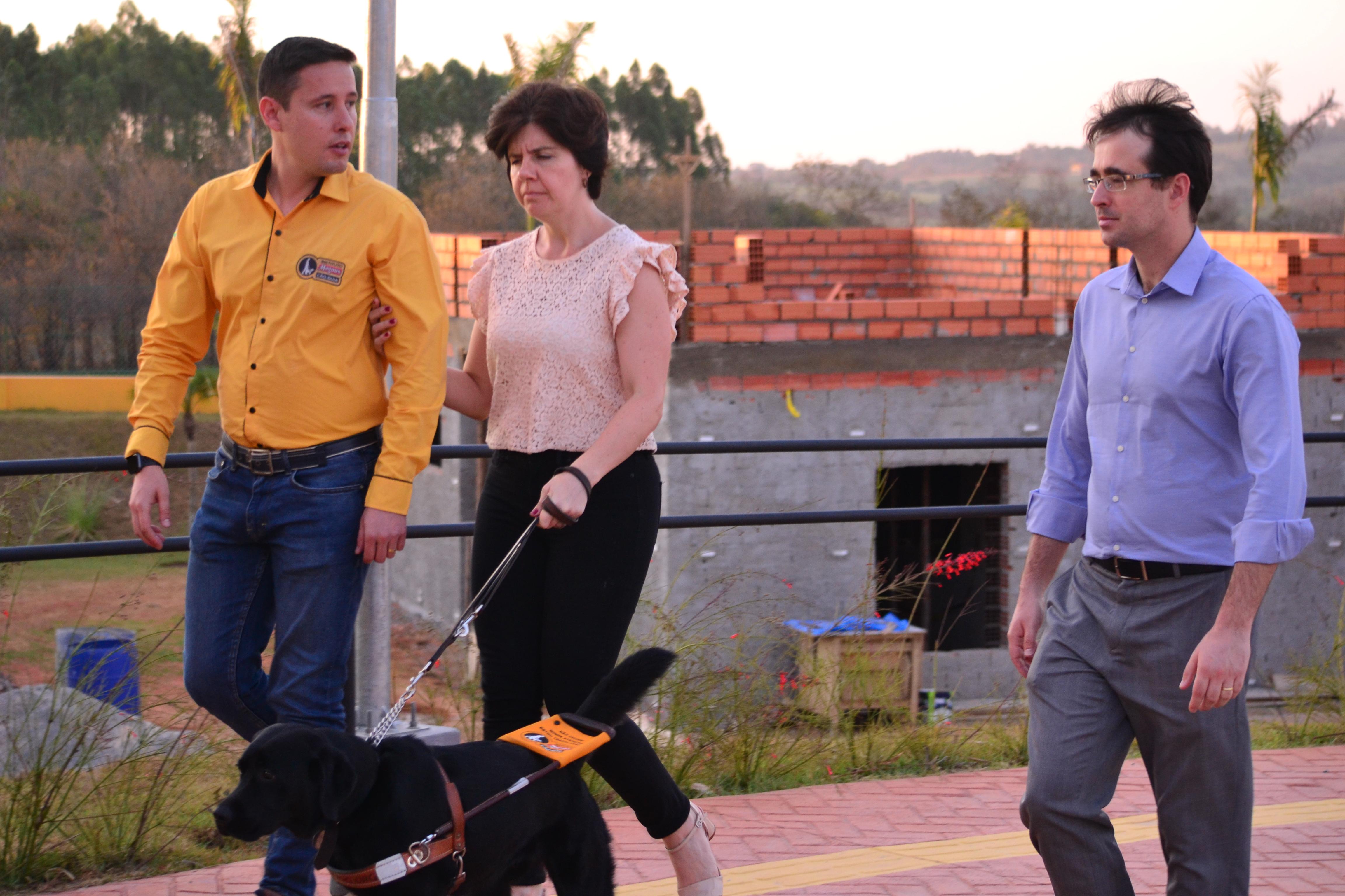 Deputado Estadual Bruno Ganem visitou instituto de formação de cães guias no interior de São Paulo/ Assessoria de Imprensa Bruno Ganem