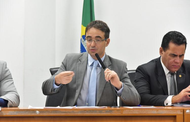 Deputado Estadual Bruno Ganem apresenta relatório ao final de CPI
